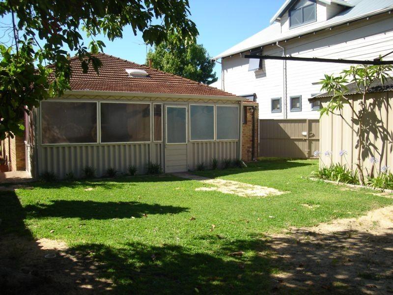 82 Willis Street, East Victoria Park WA 6101