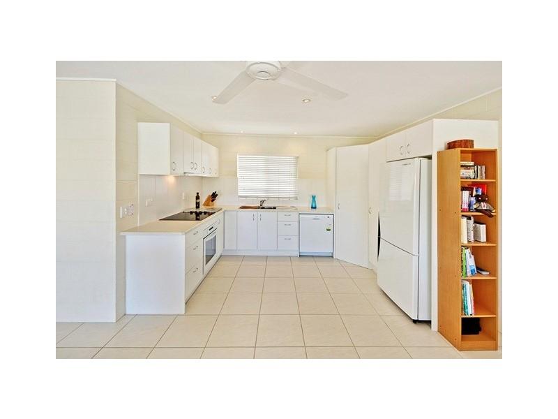 Unit 5 'Auronzo' 12 Camfield Street, Alexandra Headland QLD 4572