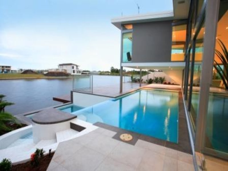 2 Columba Place, Pelican Waters QLD 4551