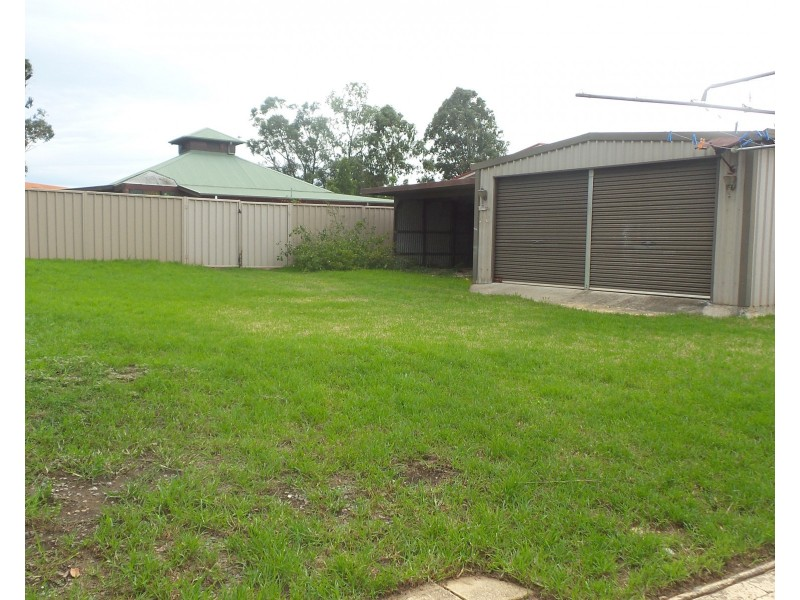 32 Park Road, Nowra NSW 2541