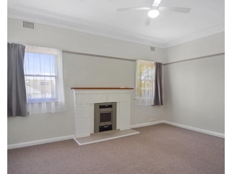 102 Jervis Street, Nowra NSW 2541
