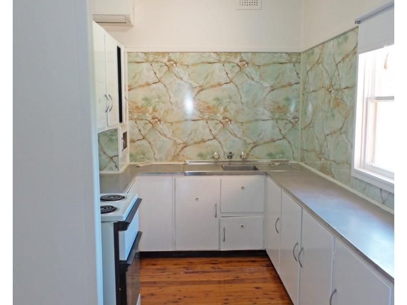 106 Shoalhaven Street, Nowra NSW 2541