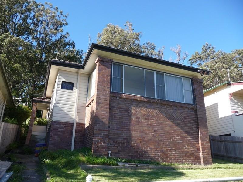 13 Bulkara Street, Adamstown Heights NSW 2289