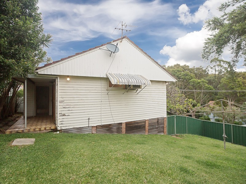 6 Yarrum Street, Adamstown Heights NSW 2289