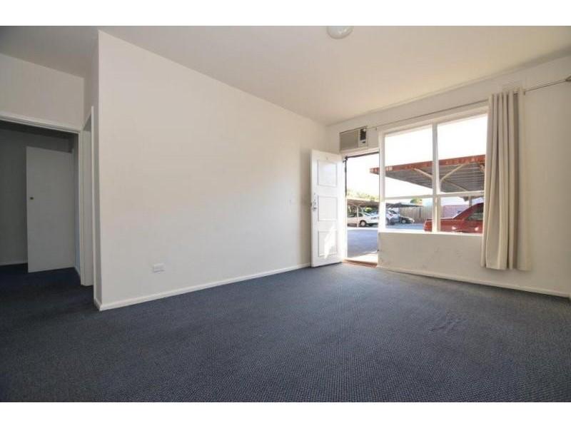 8/181 Geelong Road, Seddon VIC 3011