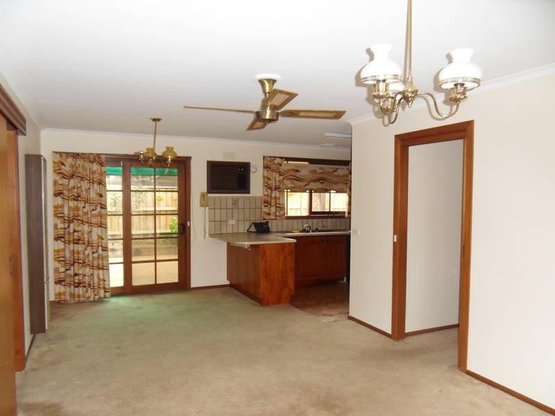 1 Roach Drive, Altona Meadows VIC 3028