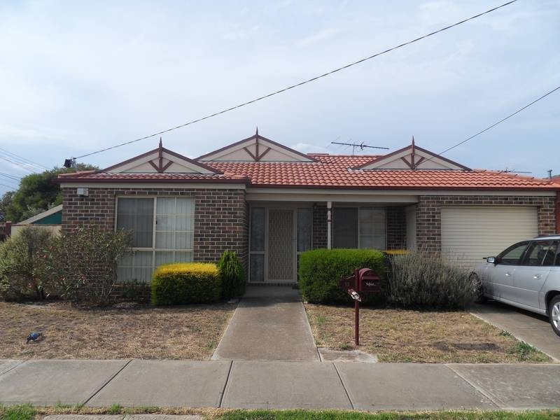 13 Lan Avenue, Altona Meadows VIC 3028