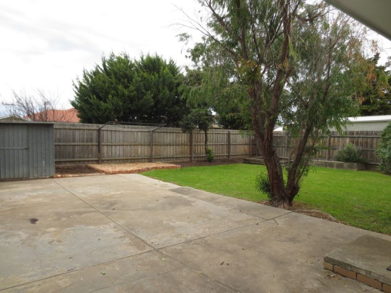 19 Kearney Avenue, Altona VIC 3018