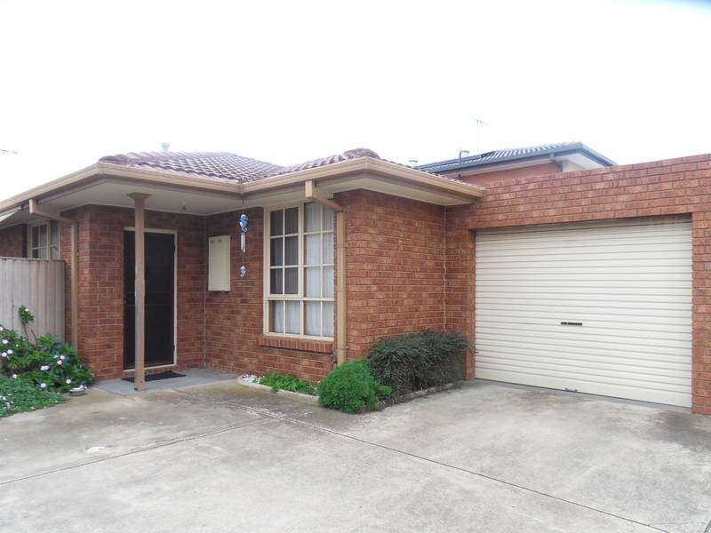 2/27 Trafalgar Avenue, Altona Meadows VIC 3028