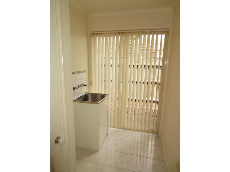 2/10 Sexton Court, Altona Meadows VIC 3028