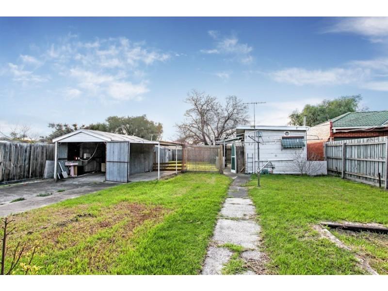 29 Myrtle Grove, Altona VIC 3018