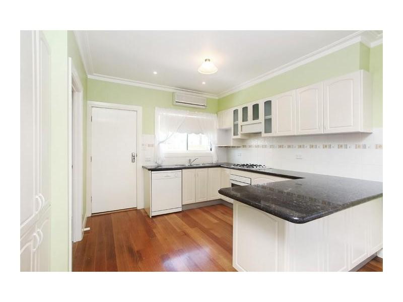 16 Karingal Street, Altona VIC 3018