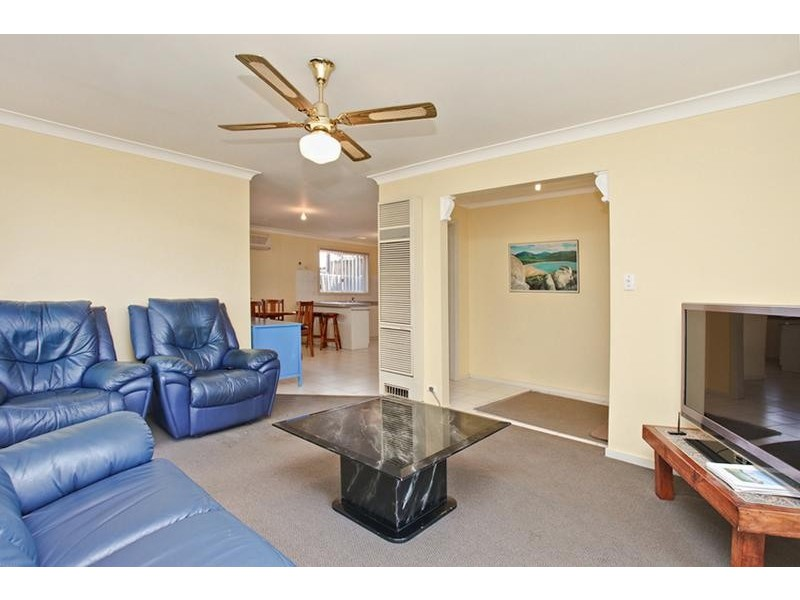 42 Howard Street, Altona Meadows VIC 3028