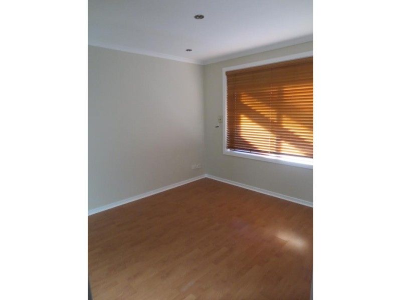 24 Howard Street, Altona Meadows VIC 3028