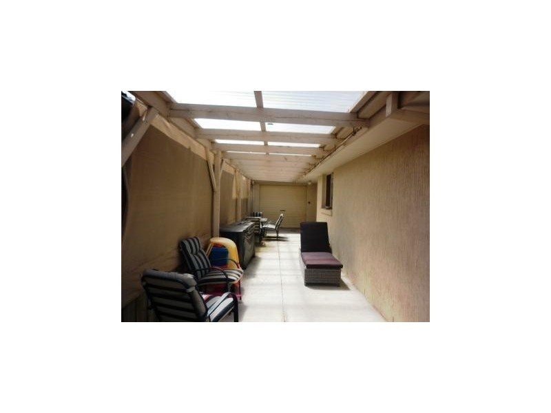 2 Carr Court, Altona Meadows VIC 3028