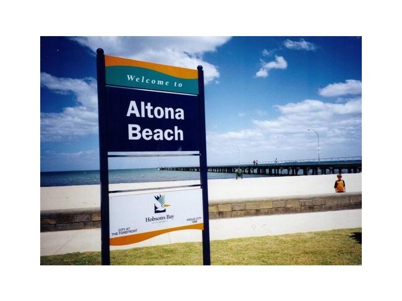 207 Esplanade, Altona VIC 3018