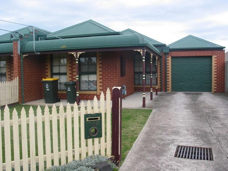 102 Victoria Street, Altona Meadows VIC 3028