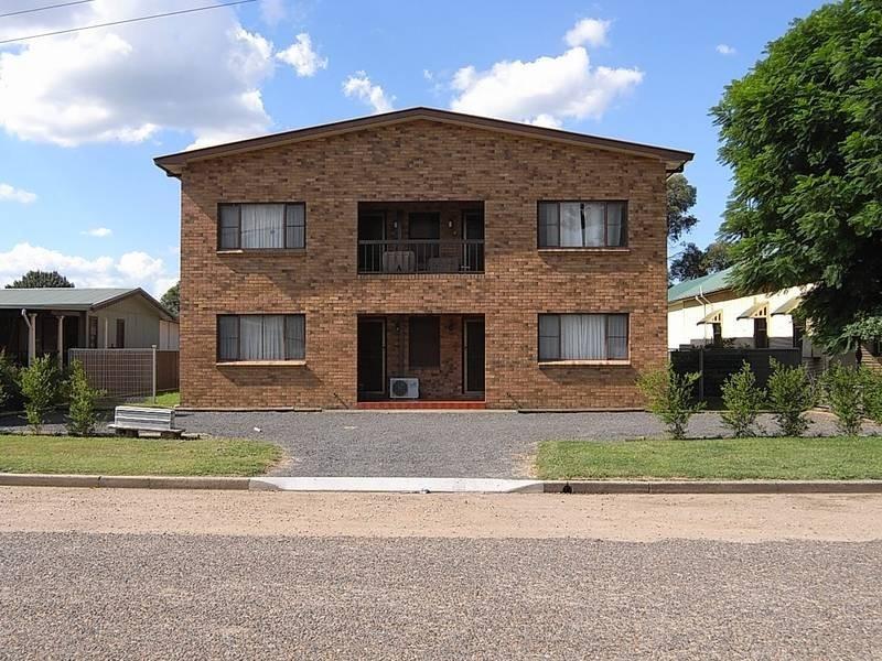 4/10 Gundabri street, Aberdeen NSW 2336