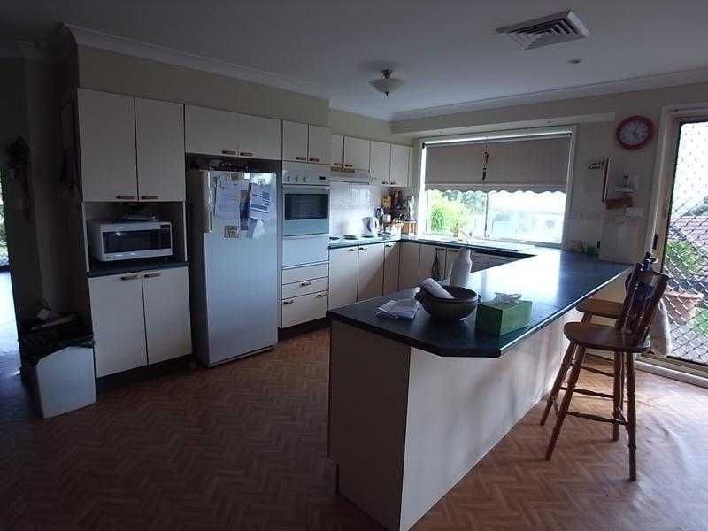120 St Andrews Street, Aberdeen NSW 2336