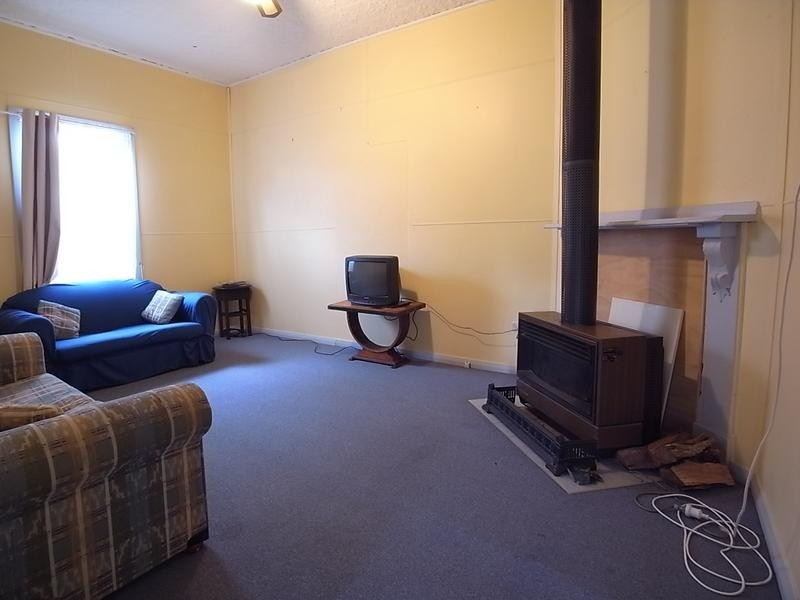 33 McAdam Street, Aberdeen NSW 2336