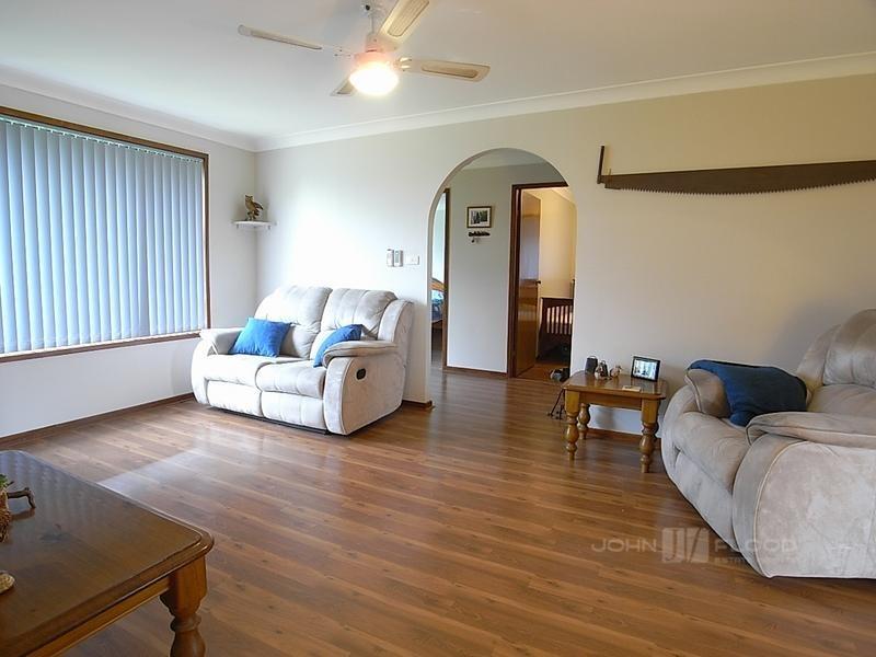 123 St Andrews Street, Aberdeen NSW 2336