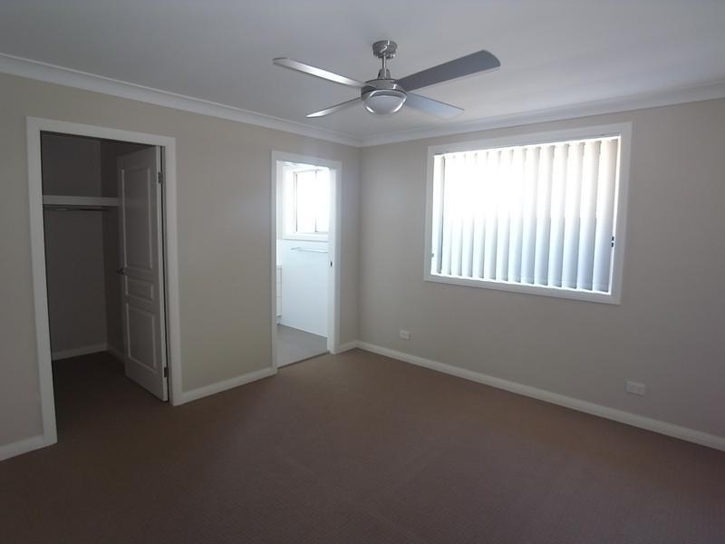 3/81 St Andrews Street, Aberdeen NSW 2336