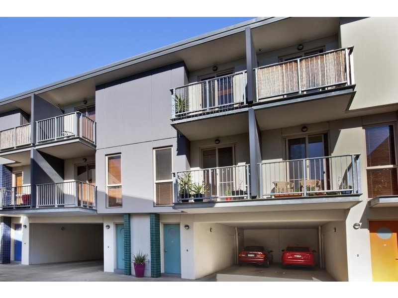 32/80 Trenerry Crescent, Abbotsford VIC 3067