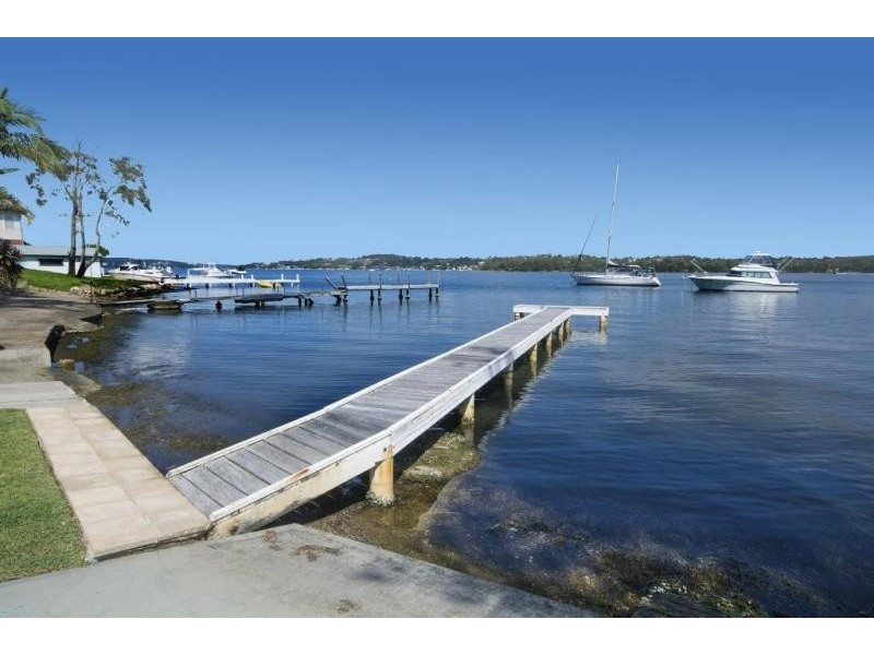 97a Coal Point Road, Coal Point NSW 2283