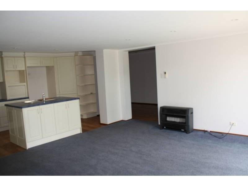 72 St Andrews Street, Aberdeen NSW 2336