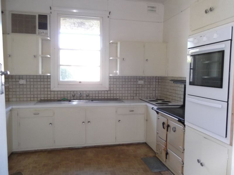 Rouchel Road, Aberdeen NSW 2336
