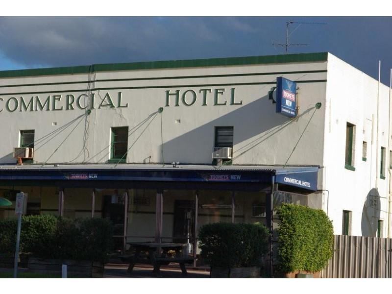 Perth St, Aberdeen NSW 2336