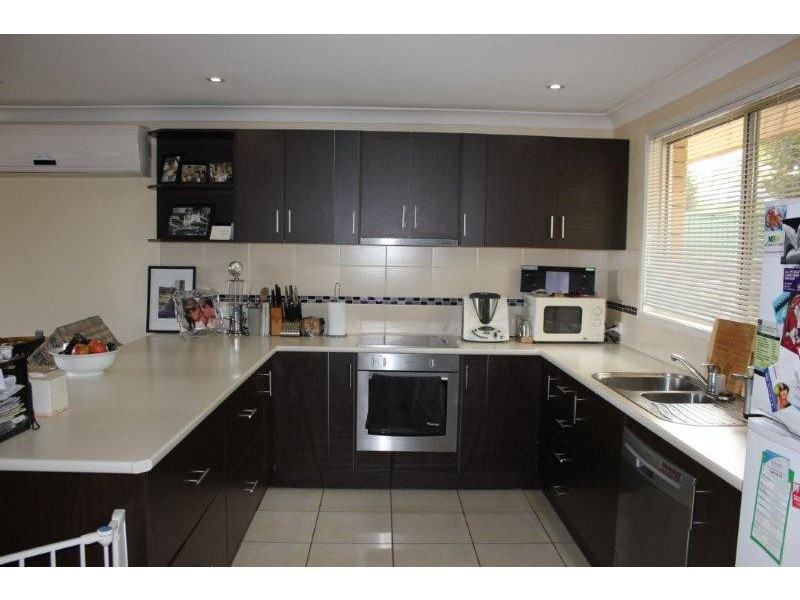 5 Mackenzie Street, Aberdeen NSW 2336
