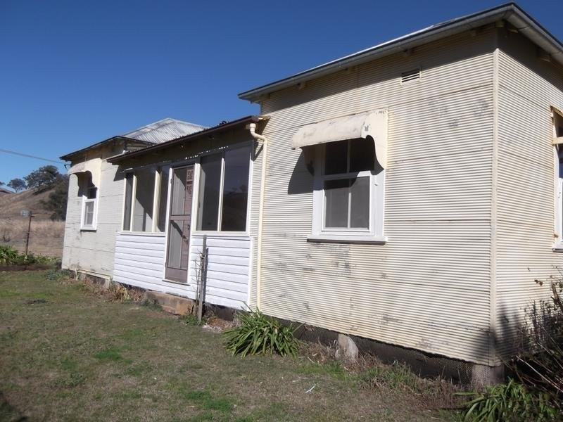 Rouchel Road, Aberdeen NSW 2336