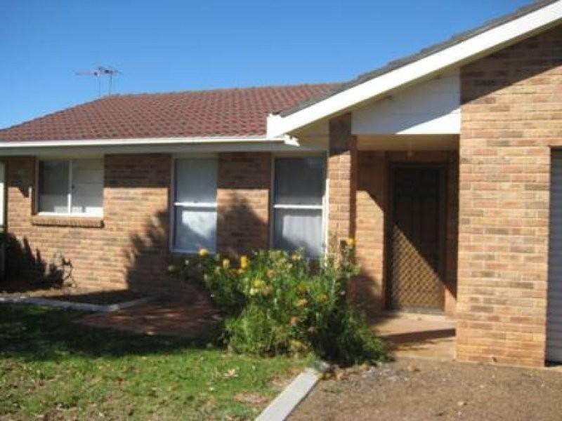 1/7 Nyarra Street, Scone NSW 2337