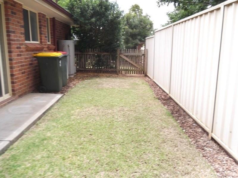 1/18 Gray Street, Scone NSW 2337