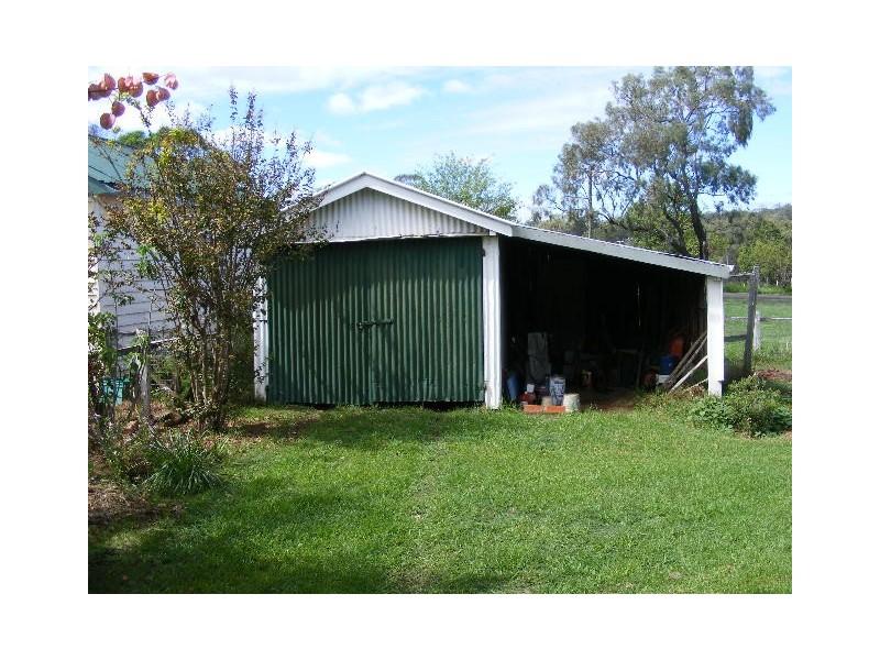 24 Wondai Road, Proston QLD 4613
