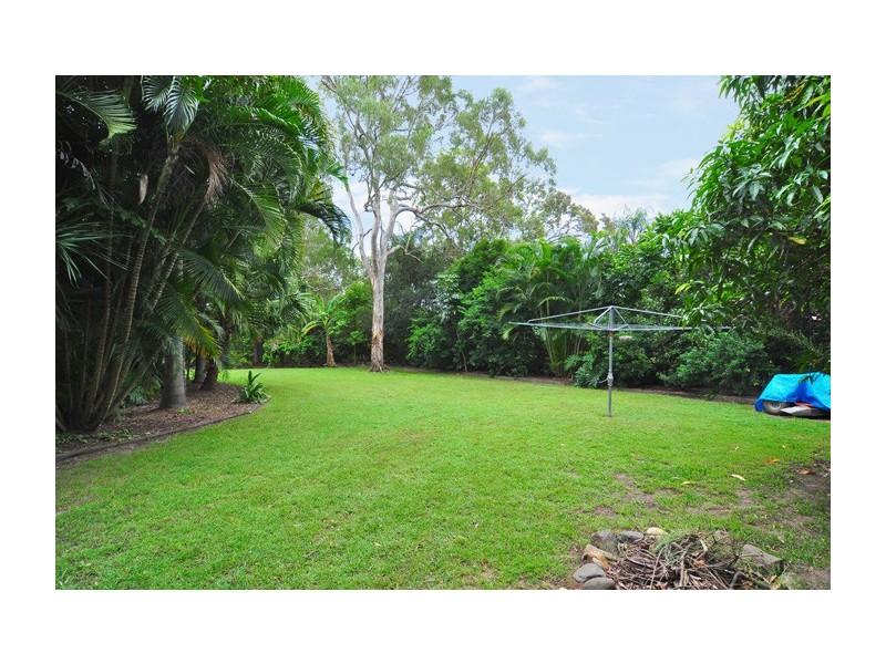 8 Kertes Road, Camira QLD 4300