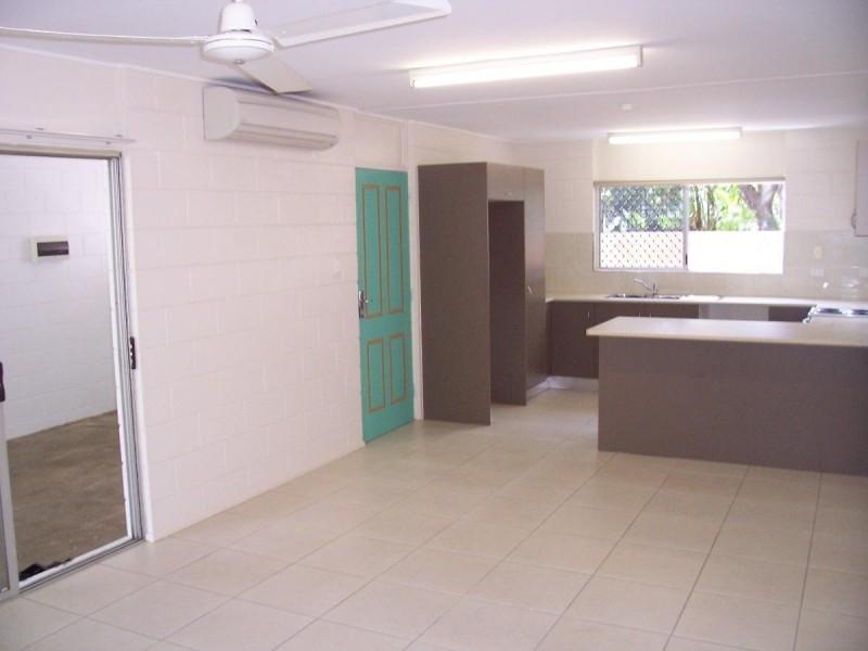 2/51 Palmerston Street, Aeroglen QLD 4870