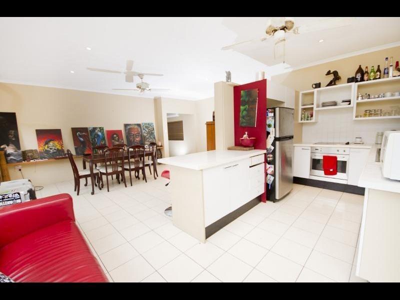 42 Irene Street, Mooroobool QLD 4870