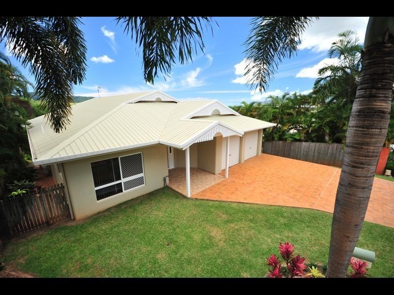 20 Rosemont Court, Mooroobool QLD 4870