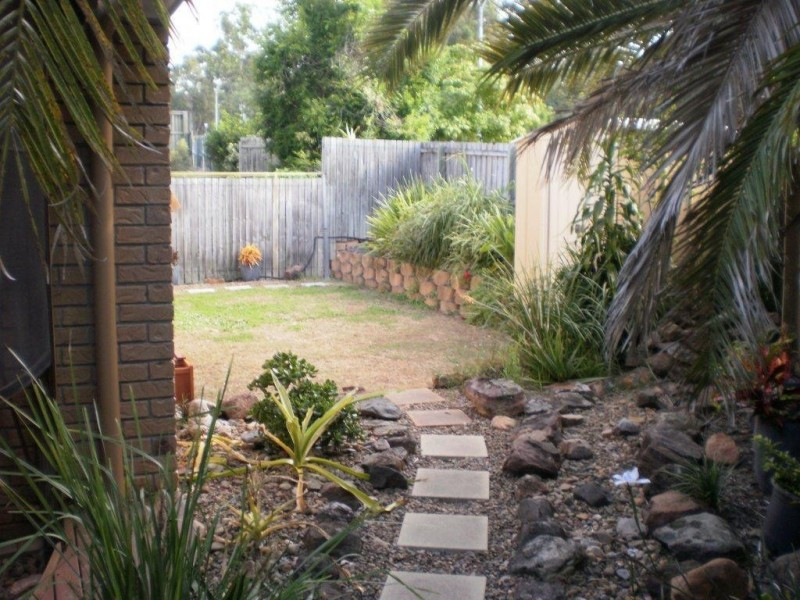 1/3 SUGARWOOD ST, Bellbowrie QLD 4070