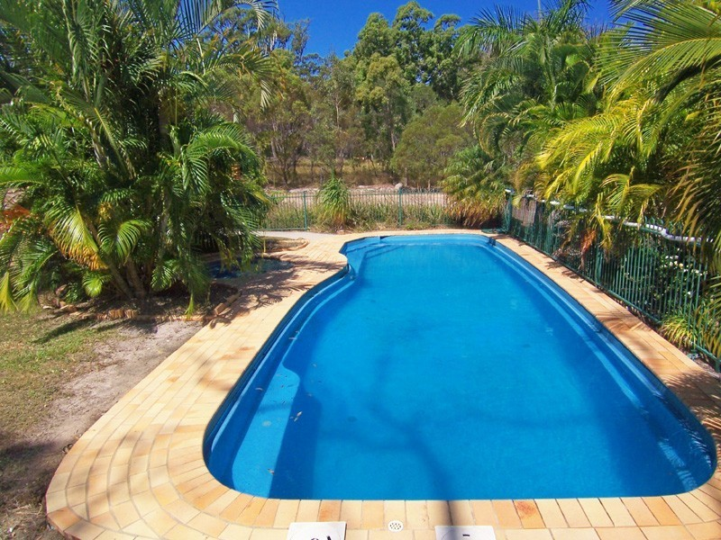 2701 Roundhill Road, Agnes Water QLD 4677