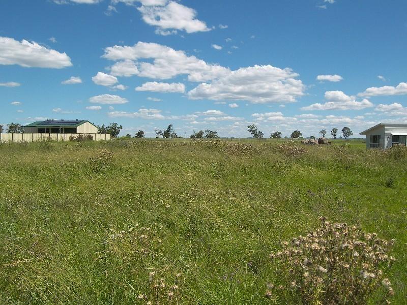 25 Derain Drive, Warwick QLD 4370