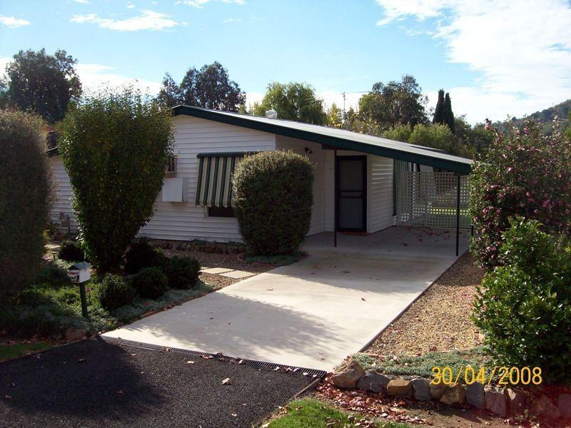 22 Lockhart Street, Adelong NSW 2729