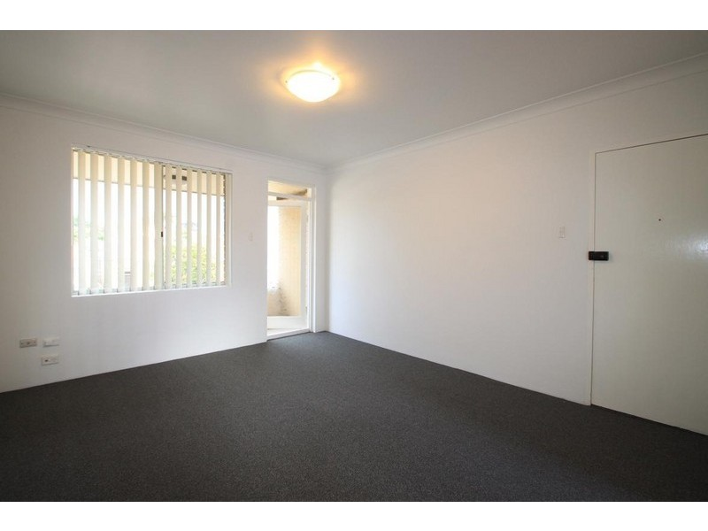 6/3 Moyes Street, Marrickville NSW 2204