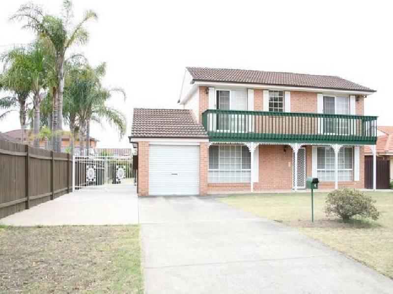 4 Belinda Rd, Alfords Point NSW 2234