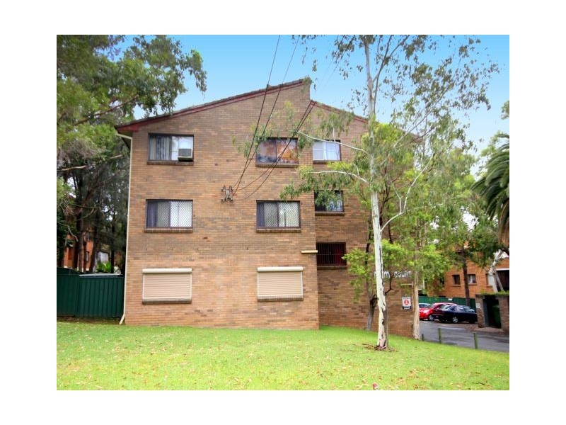 10/85 Cairds Ave, Bankstown NSW 2200