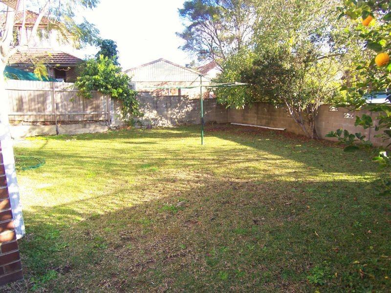 35 St Albans Street, Abbotsford NSW 2046