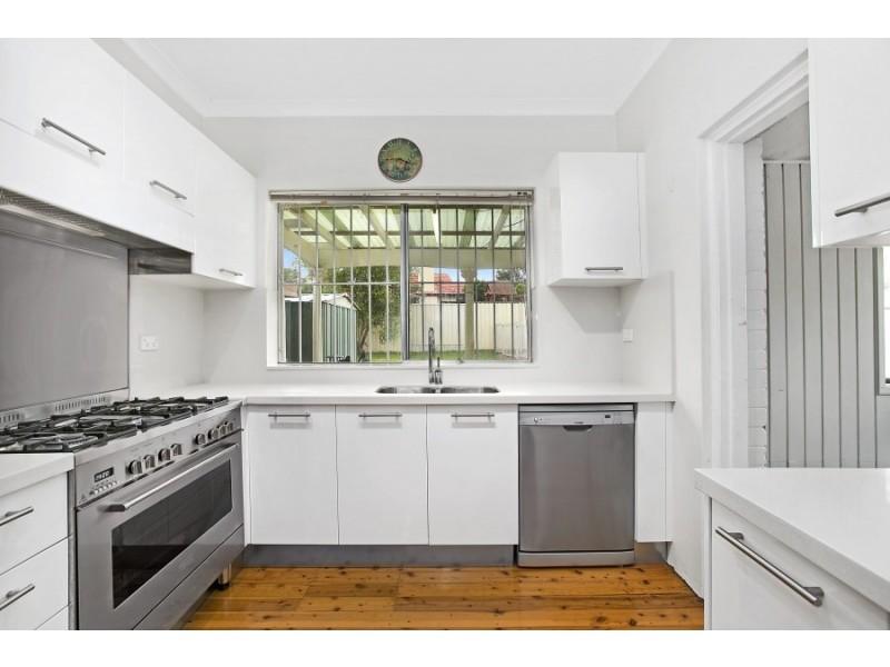 11 Curtin Avenue, Abbotsford NSW 2046