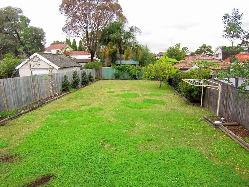 3 BICKLEIGH ST, Abbotsford NSW 2046